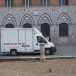 Furgone_Piazza5